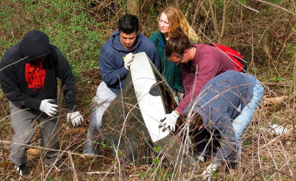 TV Castanea Rail Trail Clean-up